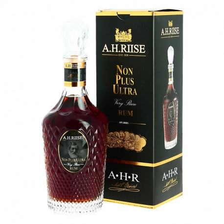 Rhum RIISE Very NON PLUS ULTRA Very Rare CARAFE Rhum Traditionnel 70 cl